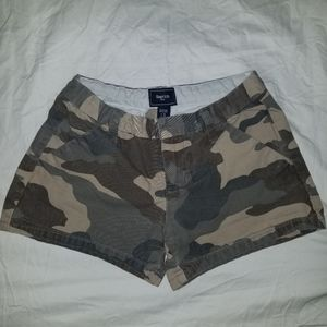Gap, girls camo shorts , size 10